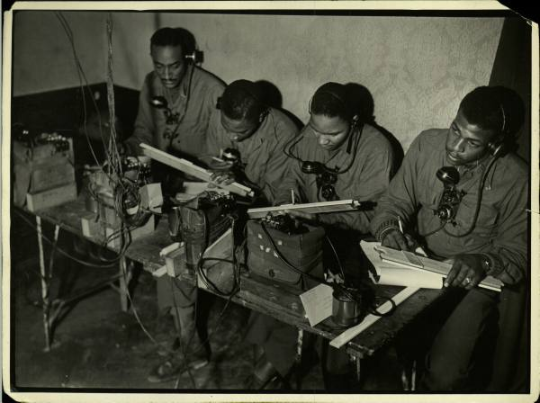 [Campagne d'Italie] IV Army 1944-1945  1c77a8a6d5bc6c6d_landing