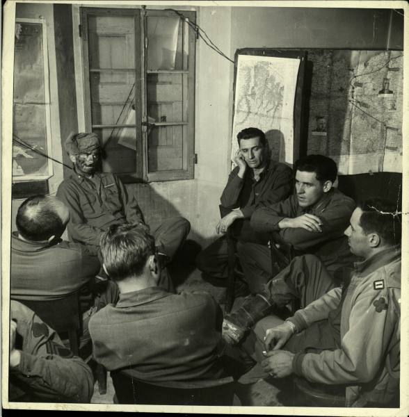 [Campagne d'Italie] IV Army 1944-1945  25d441b2b03033f2_landing