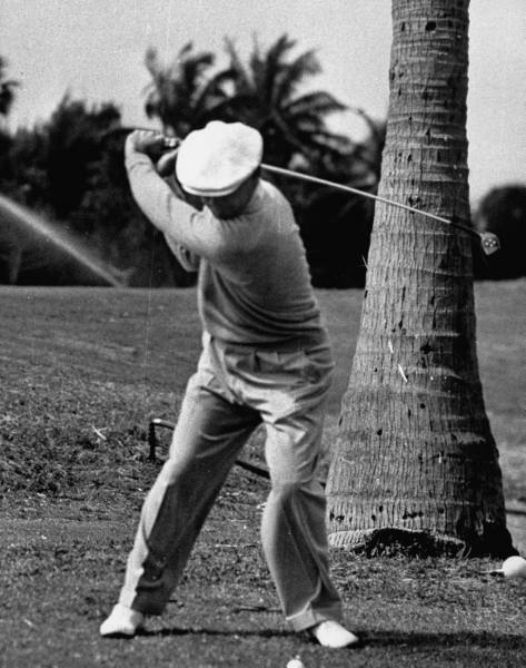 sergio garcia swing sequence. at the top of the swing.