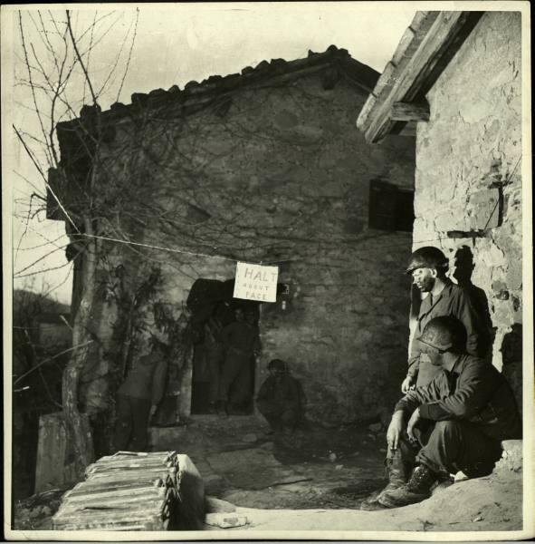[Campagne d'Italie] IV Army 1944-1945  4ab3138699a96e4c_landing