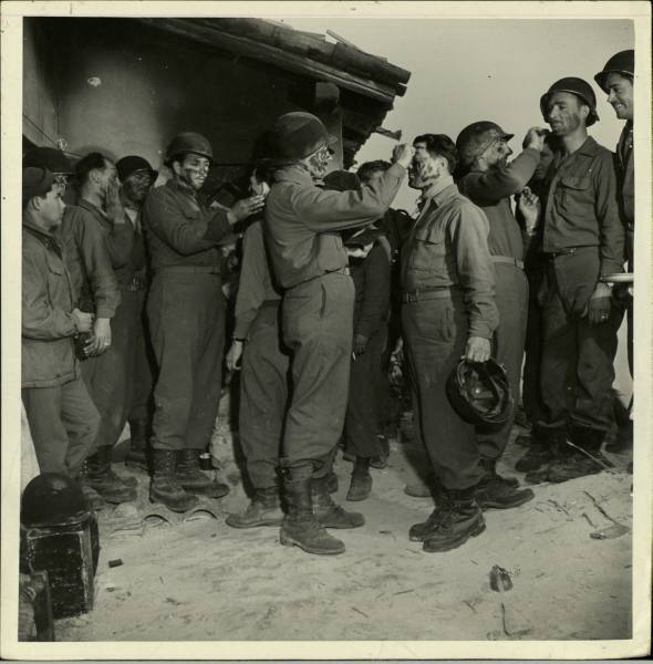 [Campagne d'Italie] IV Army 1944-1945  50e1c19580eefe58_landing
