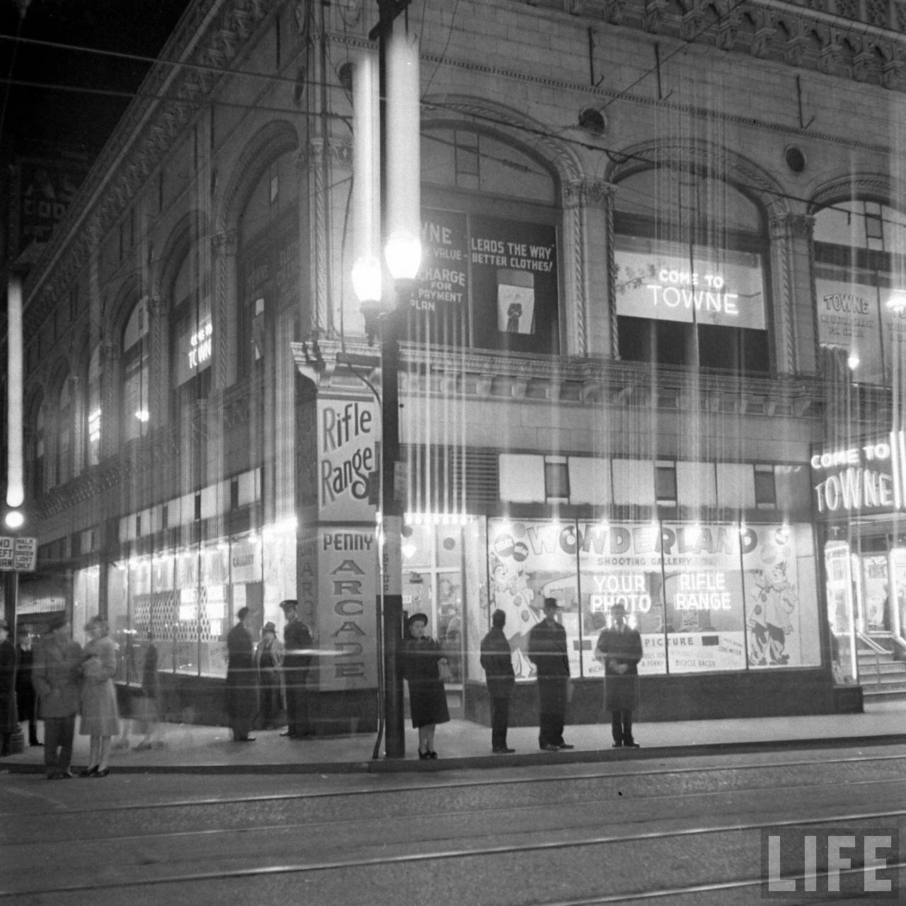 Old Photos: Wonderland Arcade in Kansas City