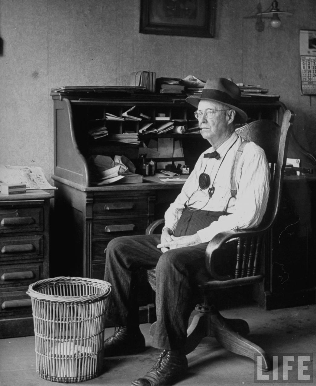 Lawyer Sam Van Poll in his office (Lamar, MO).