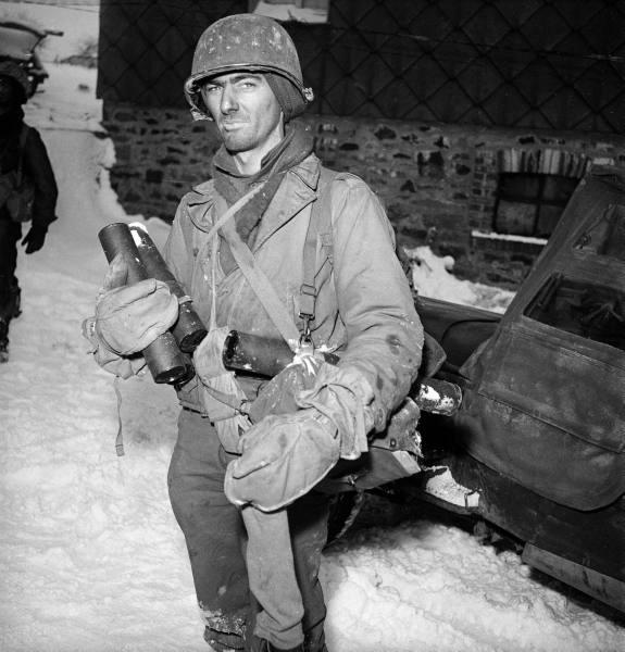 [Campagne des Ardennes] Battle Of The Bulge - George Silk 7b4ddeb3c24fbbf0_landing
