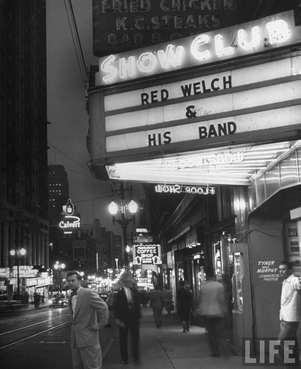 Show club where gambling was taking place during the gambling conspiracy.