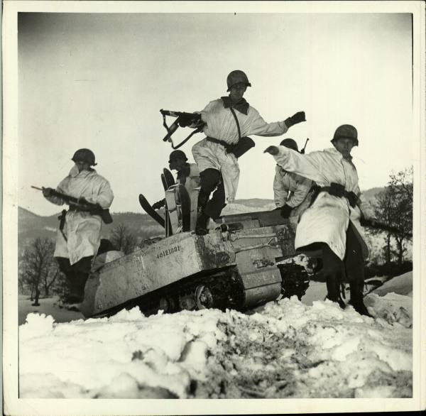 [Campagne d'Italie] IV Army 1944-1945  8d4c8fcc3df476af_landing
