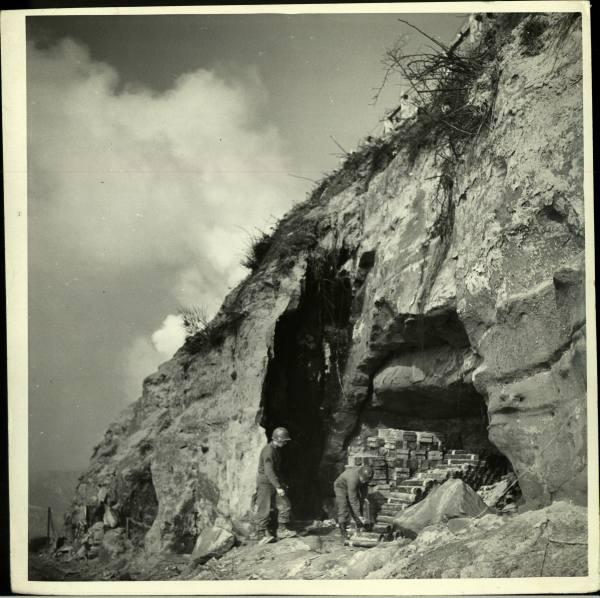 [Campagne d'Italie] IV Army 1944-1945  8dc752fbf464a1af_landing