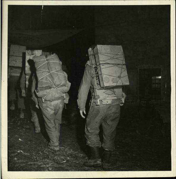 [Campagne d'Italie] IV Army 1944-1945  8e3a53ae8bf1ff51_landing