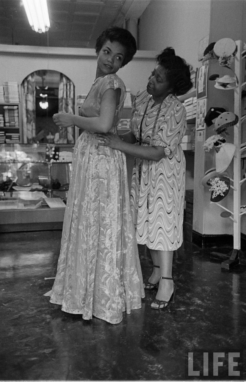 Eartha Kitt, June 1952, photographed by Gordon Parks