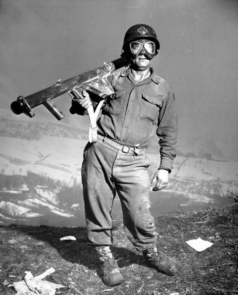 [Campagne d'Italie] IV Army 1944-1945  Ab9437f4c5e950e5_landing