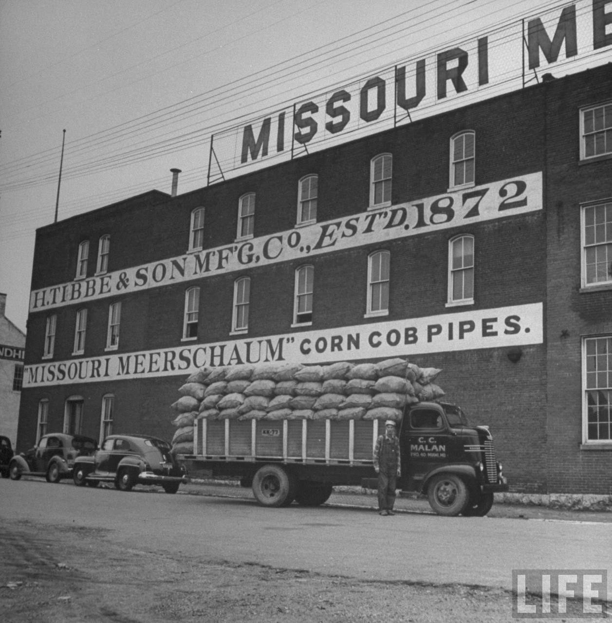 Old Photos: Missouri Meerschaums
