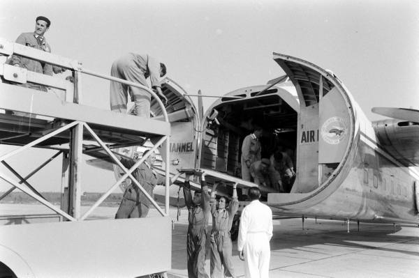 ae6bbdfcbb43758e_landing