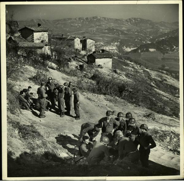 [Campagne d'Italie] IV Army 1944-1945  C6b4ae0536116aee_landing