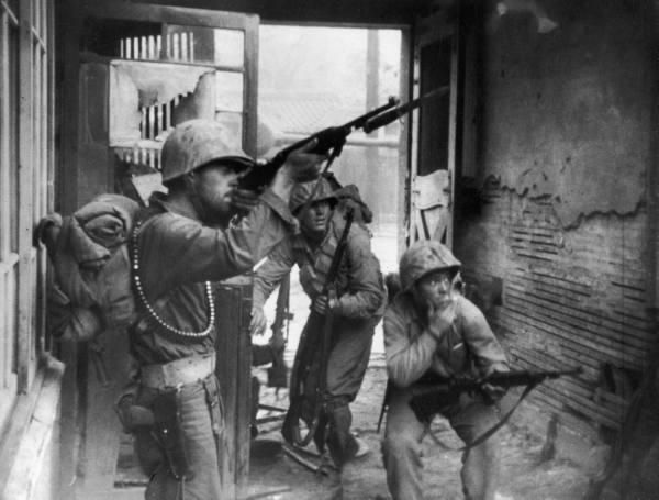 La guerre de Corée (1950-1953). dans Asie