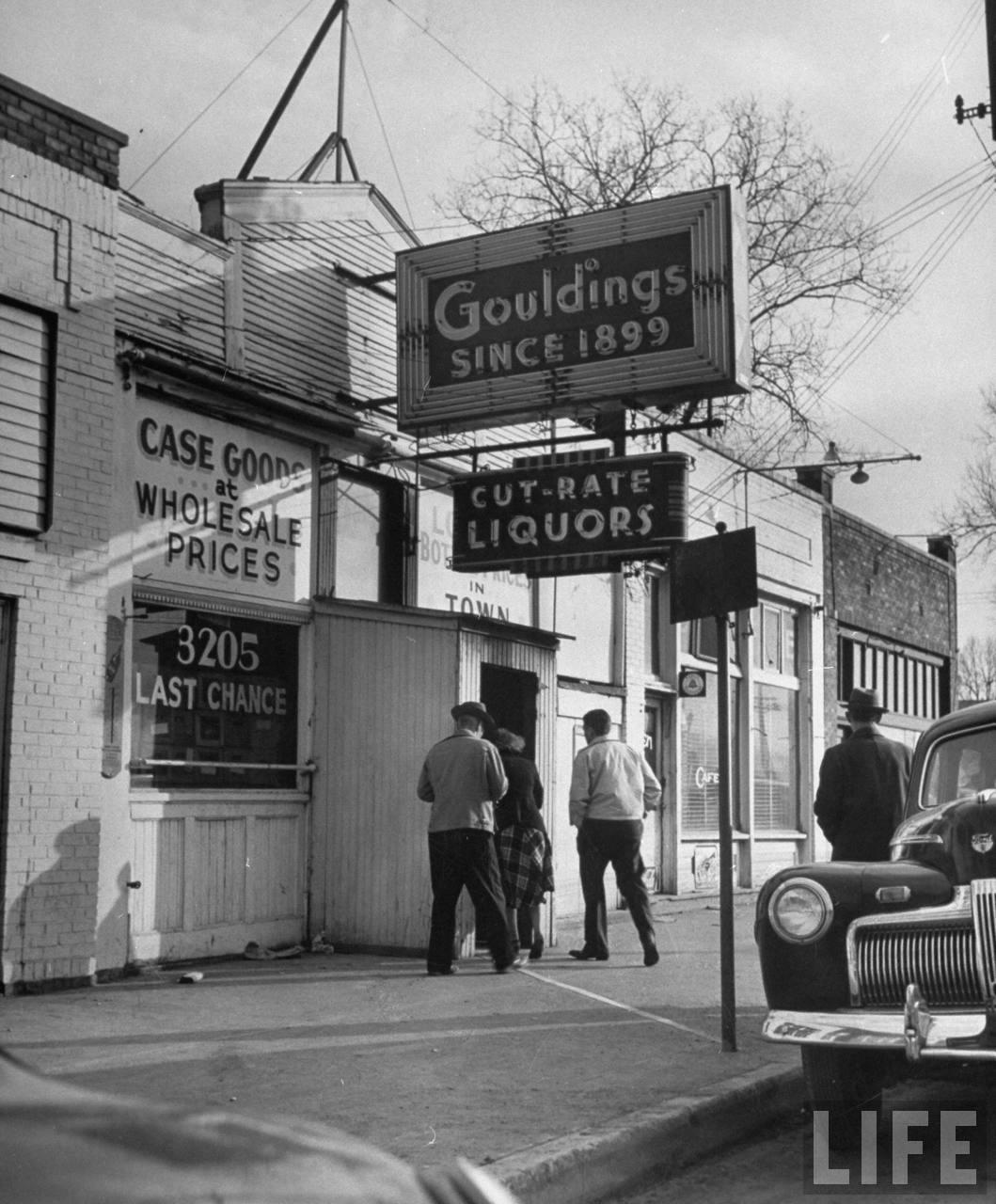 Kansas City politician Charles Binaggio and his wife, were last seen here gambling.