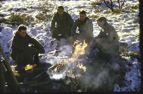 [Campagne des Ardennes] Battle Of The Bulge - George Silk Cb188e7a607439b4_landing