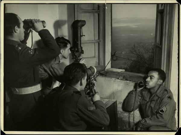 [Campagne d'Italie] IV Army 1944-1945  D6ebf64a5182f605_landing