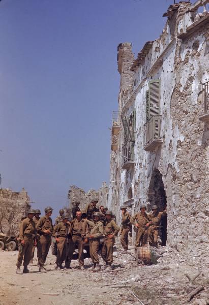 [Campagne d'Italie] Mai 44 , 88 Infantry division aux alentours de Rome  E1df0645d7666af9_landing