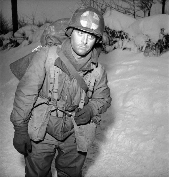 [Campagne des Ardennes] Battle Of The Bulge - George Silk Eada04b07800914a_landing