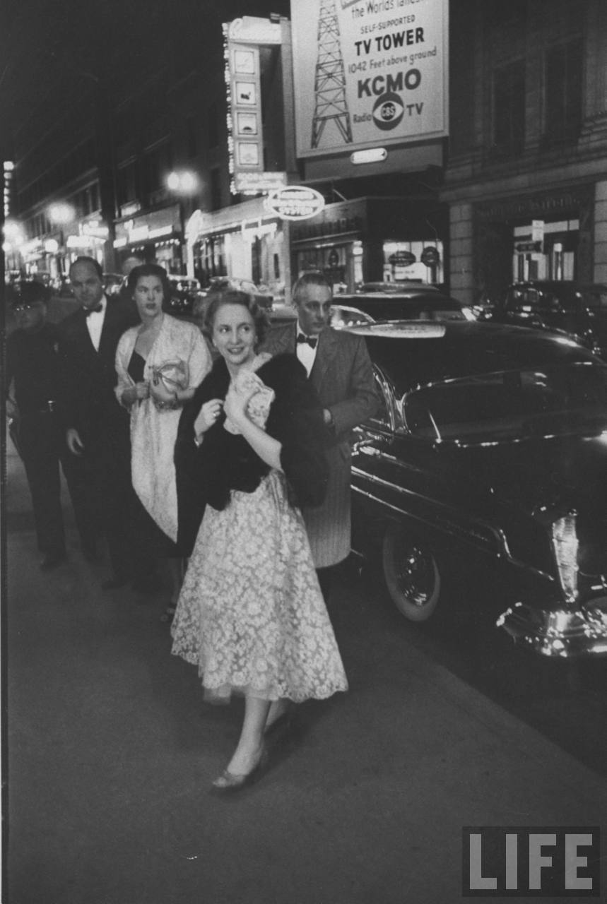 E. Clifton Daniel Jr. and Margaret Truman arriving with Drucie Snyder Horton at the Kansas City Club for a bridal party on the wedding eve.E. Clifton Daniel Jr. and Margaret Truman arriving with Drucie Snyder Horton at the Kansas City Club for a bridal party on the wedding eve.E. Clifton Daniel Jr. and Margaret Truman arriving with Drucie Snyder Horton at the Kansas City Club for a bridal party on the wedding eve.