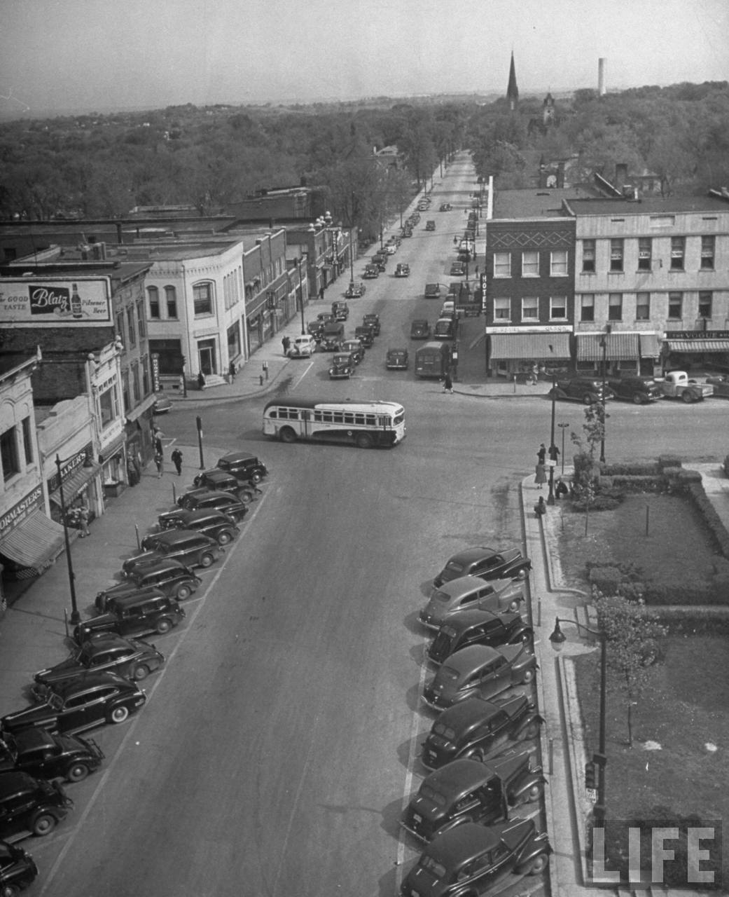 Street scene (from photo essay re Harry Truman's Missouri).